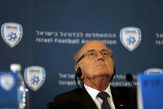 Presidente da Fifa, Sepp Blatter, durante entrevista coletiva em Jerusalém. 19/05/2015 REUTERS/Ammar Awad
