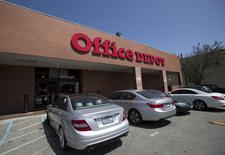 A general view of an Office Depot store in Los Angeles, California May 4, 2015. Office supplies retailer Office Depot Inc is expected to report first-quarter sales.  REUTERS/Mario Anzuoni