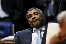 Ex-atacante da seleção brasileira Romário durante sessão do Senado, em Brasília. 27/05/2015 REUTERS/Adriano Machado
