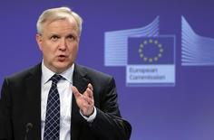 Olli Rehn, qui fut commissaire européen aux Affaires économiques et monétaires au plus fort de la crise de la dette de la zone euro, a été nommé ministre des Affaires économiques par la nouvelle coalition au pouvoir en Finlande. /Photo d'archives/REUTERS/François Lenoir