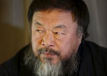 Dissidente chinês Ai Weiwei em entrevista à Reuters em hotel de Pequim. 24/03/2015 REUTERS/Kim Kyung-Hoon