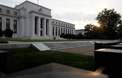 El edificio de la Reserva Federal de Estados Unidos en Washington, jul 31 2013. REUTERS/Jonathan Ernst