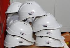 Vinci annonce l'acquisition de la société de travaux publics néo-zélandaise HEB Construction, qui emploie 750 salariés et a réalisé un chiffre d'affaires annuel d'environ 230 millions d'euros en 2014. /Photo d'archives/REUTERS/Eric Gaillard