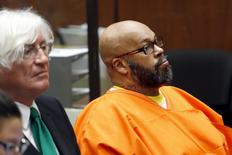 """Defendant Marion """"Suge"""" Knight looks on as he attends a hearing with his attorney Thomas Mesereau in his robbery case in Los Angeles, California July 7, 2015.  REUTERS/Patrick T. Fallon"""