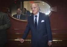 Henry Kravis, PDG de Kohlberg Kravis Roberts & Co (KKR). L'homme d'affaires américain Jerome Kohlberg Jr., fondateur de KKR et pionnier du capital-investissement, est décédé à l'âge de 90 ans. /Photo prise le 29 septembre 2014/   REUTERS/Carlo Allegri