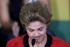 Presidente Dilma Rousseff durante conferência com sindicalistas em Brasília. 13/08/2015 REUTERS/Ueslei Marcelino