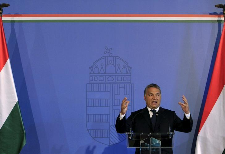 Hungarian Prime Minister Viktor Orban delivers a speech in Budapest, Hungary, September 7, 2015. REUTERS/Bernadett Szabo