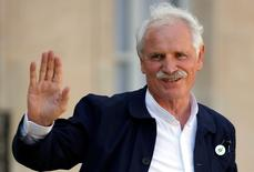 """French photographer and film director Yann Arthus-Bertrand leaves after attending """"France is committed to climate. Go COP21 !"""" event at the Elysee Palace, in Paris, France, September 10, 2015.  REUTERS/Charles Platiau"""