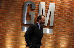 Dan Ammann, le président de General Motors. Les dirigeants de GM maintiennent leur objectif de voir les activités du groupe en Europe devenir rentables en 2016, malgré les inquiétudes suscitées par le marché automobile en Russie. /Photo prise le 28 juillet 2015/REUTERS/Nacho Doce