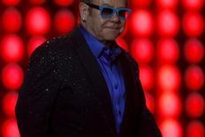 Elton John em show em Málaga, Espanha. 15/7/2015 REUTERS/Jon Nazca