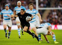 Rugby Union - New Zealand v Argentina - IRB Rugby World Cup 2015 Pool C - Wembley Stadium, London, England - 20/9/15 New Zealand's Aaron Smith in action Action Images via Reuters / Paul Childs Livepic