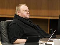 El fundador de Megaupload, Kim Dotcom, durante una audiencia judicial en Auckland, Nueva Zelanda, 21 de septiembre de 2015. El emprendedor tecnológico alemán Kim Dotcom se presentó el lunes en los tribunales de Nueva Zelanda tras casi cuatro años de disputas legales, en una audiencia para determinar si enfrentará cargos por violación de derechos de autor y otros en Estados Unidos. REUTERS/Nigel Marple