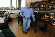 Genetic researcher Craig Venter is pictured in his office in La Jolla, California March 7, 2014.  REUTERS/Mike Blake