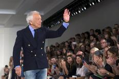 Designer Ralph Lauren greets the crowd after presenting his Spring/Summer 2016 collection during New York Fashion Week in New York, September 17, 2015. REUTERS/Lucas Jackson