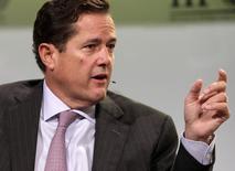 La banque britannique Barclays s'apprête à nommer en tant que directeur général Jes Staley, un ancien de JPMorgan Chase, a-t-on appris lundi auprès d'une personne informée de cette initiative. /Photo d'archives/REUTERS/Yuri Gripas