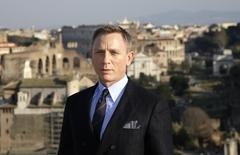 "Actor Daniel Craig poses during a photo call for the new James Bond film ""Spectre"" in downtown Rome, February 18, 2015.   REUTERS/Max Rossi/files"