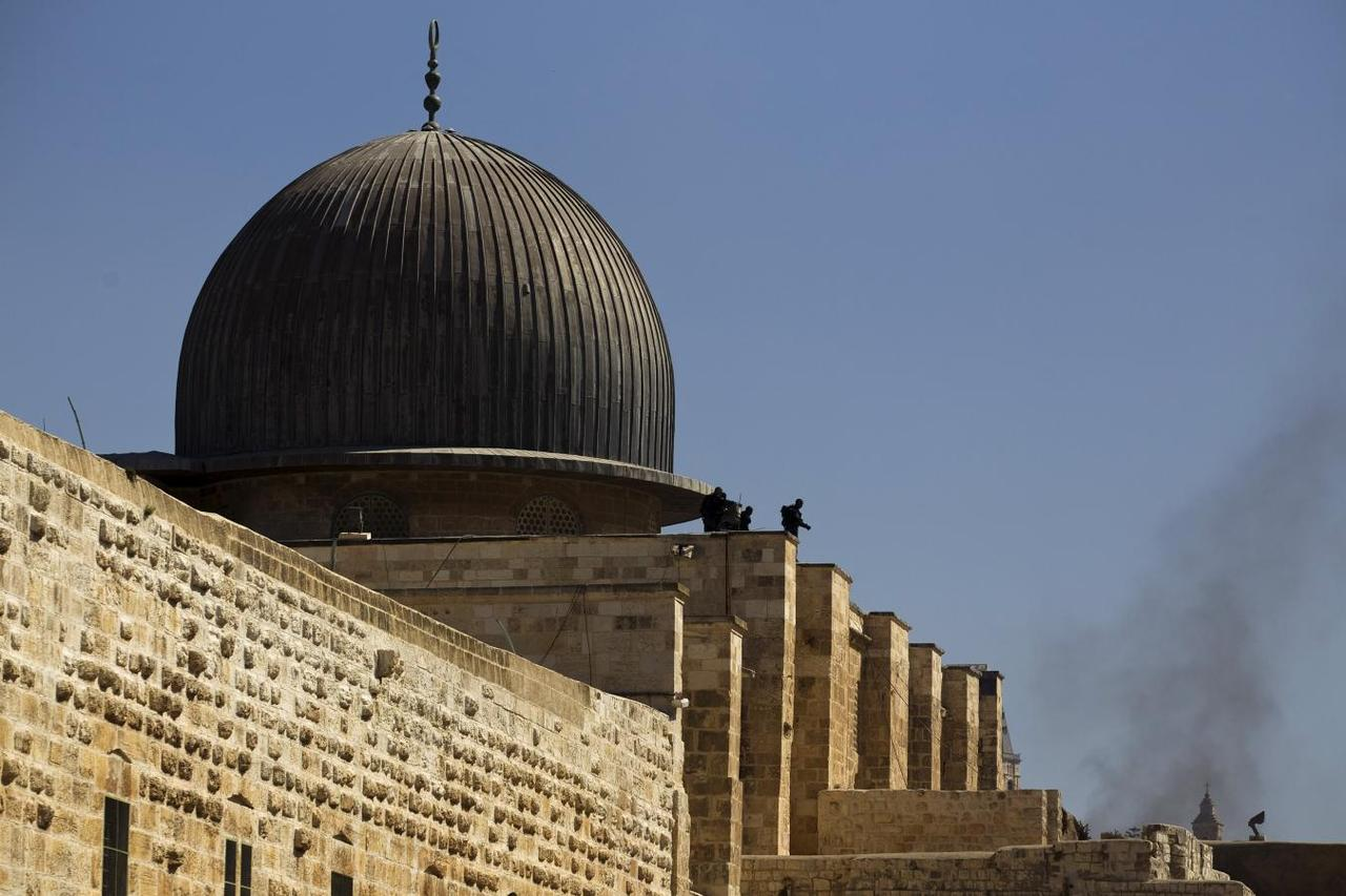 Unesco Condemns Israel For Limits On Al Aqsa Mosque Access Reuters