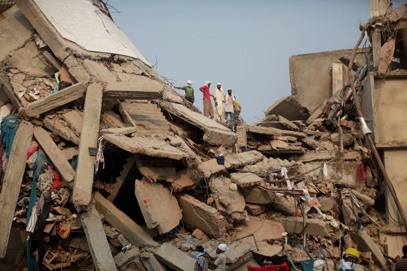 Bangladesh says 80 percent of garment factories safe | Reuters