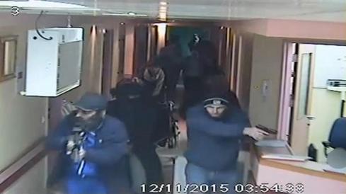 Undercover Israeli forces raid hospital