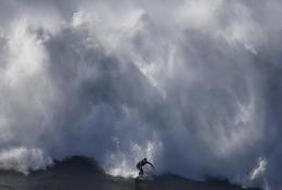 Monster waves of Nazare