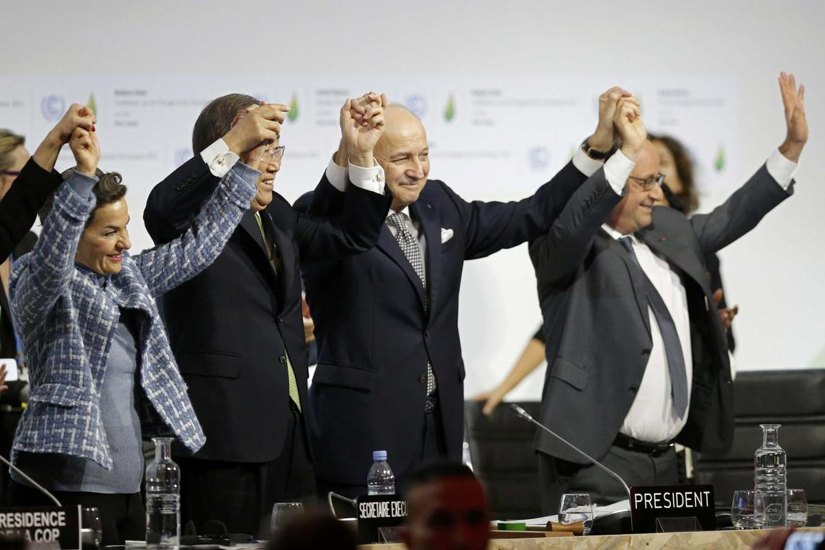 With landmark climate accord, world marks turn from fossil fuels