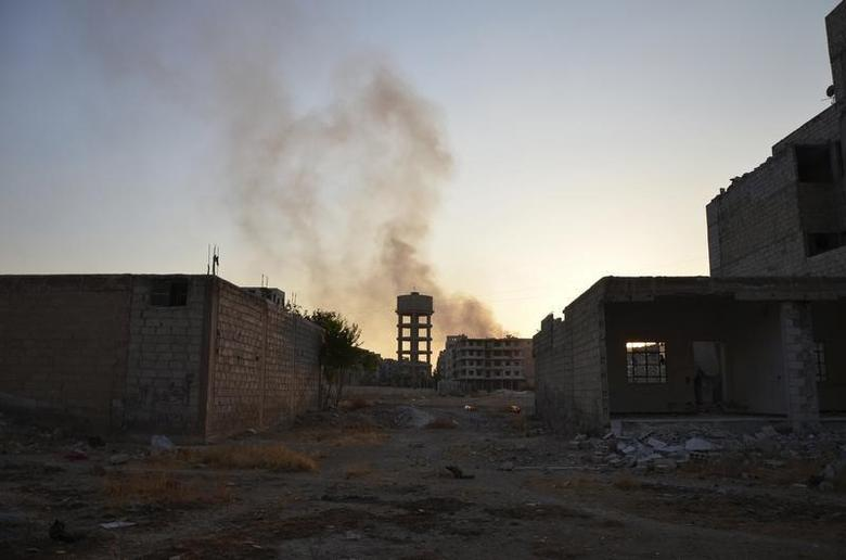 A view of Zamalka area, in what activists say chemical weapons have been used by forces loyal to President Bashar Al-Assad in the eastern suburbs of Damascus August 22, 2013. REUTERS/Bassam Khabieh
