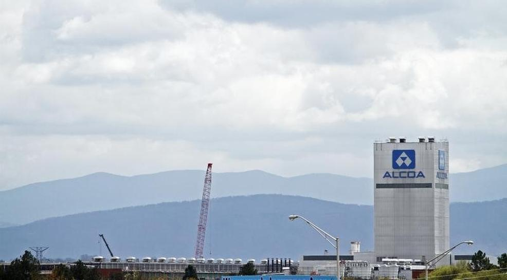 Alcoa smelter closure to bring U.S. aluminum output to post-WWII levels