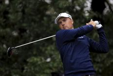 Jordan Spieth of the U.S. tees off on the second hole during the final round of the WGC-HSBC Champions golf tournament in Shanghai, China, November 8, 2015. REUTERS/Aly Song