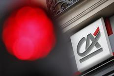 Le Crédit agricole annonce mardi son entrée au capital de la fintech Linxo, spécialiste de l'agrégation de comptes bancaires dont il devient l'un des actionnaires de référence. /Photo d'archives/REUTERS/Stéphane Mahé