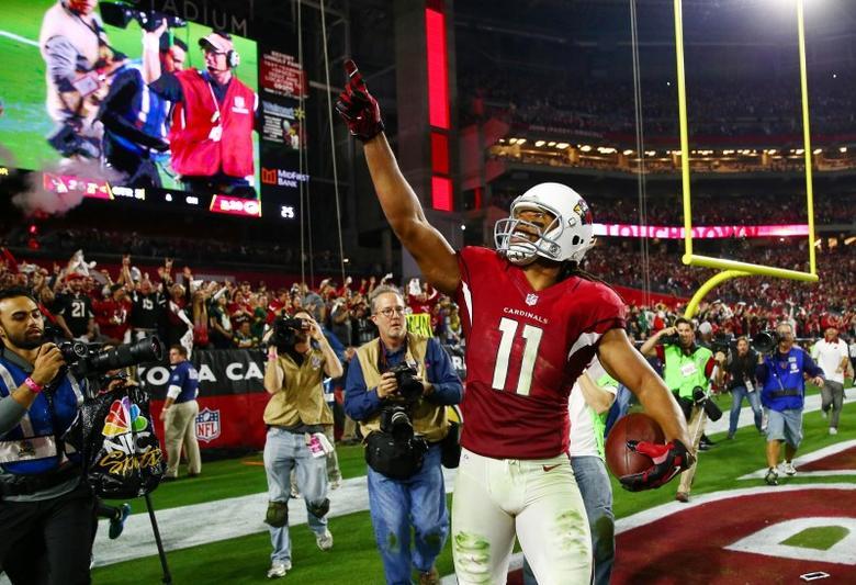 online retailer d346f 9363b Cardinals edge Packers in OT thriller | Reuters.com