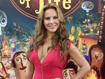 Atriz mexicana Kate del Castillo posa para foto durante pré-estreia de filme em Los Angeles. 12/10/2014 REUTERS/Kevork Djansezian