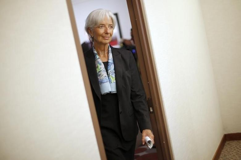 IMF opens search for top job
