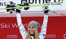 File photo of Lindsey Vonn of the US on the podium after winning the women's Super G race of the Alpine Skiing World Cup in Zauchensee, Austria, January 10, 2016.   REUTERS/Leonhard Foeger