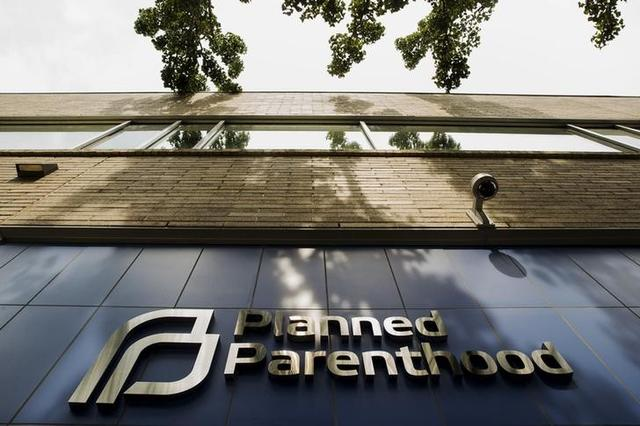 Judge Temporarily Blocks Texas from Kicking Planned Parenthood Out of Medicaid