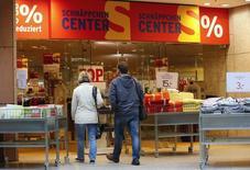 L'inflation en Allemagne a atteint en janvier son rythme le plus fort en huit mois mais les pressions restent globalement faibles sur les prix dans la première économie d'Europe. /Photo d'archives/REUTERS/Fabrizio Bensch