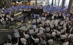 Paralisação deflagrada por aeroviários e aeronautas no aeroporto de Congonhas, São Paulo.   03/02/2016   REUTERS/Paulo Whitaker