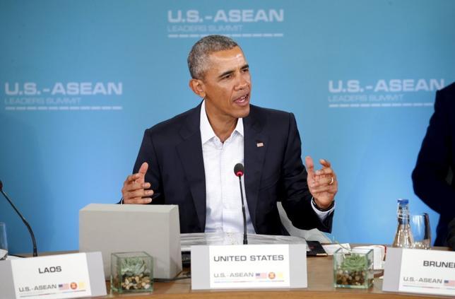 2月15日、オバマ米大統領は、米国と東南アジア諸国は、南シナ海の領有権問題を平和的に解決するための規定や行動規範の展望を今以上に共有することが可能だとの認識を示した。写真はカリフォルニア州で撮影(2016年 ロイター/Kevin Lamarque)