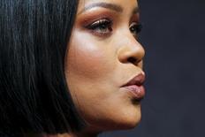 Rihanna no tapete vermelho da New York Fashion Week. 12/02/2016 REUTERS/Eduardo Munoz