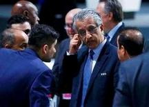 FIFA presidential candidate Sheikh Salman Bin Ebrahim Al-Khalifa of Bahrain (C) reacts after the first ballot votre during the Extraordinary Congress in Zurich, Switzerland February 26, 2016. REUTERS/Ruben Sprich