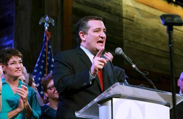 3月2日、米大統領選の民主・共和両党の候補指名争いの最大のヤマ場となる1日の「スーパーチューズデー」で、共和党のクルーズ上院議員は地元のテキサス州と隣接するオクラホマ州で勝利を確実にし、オンライン賭けサイトではクルーズ氏のオッズが上昇した。テキサス州で1日撮影(2016年 ロイター/Richard Carson)