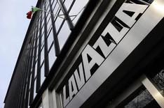 Lavazza s'attend à réaliser un chiffre d'affaires de 1,7 milliard d'euros cette année, en hausse de près de 20% par rapport à 2015, à la suite du rachat de la marque française de café Carte Noire. /Photo prise le 8 février 2016/REUTERS/Giorgio Perottino