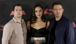 """Actors Henry Cavill (L), Ben Affleck (R) and Gal Gadot pose during a photocall to promote the movie """"Batman v Superman: Dawn Of Justice"""" in Mexico City, Mexico, March 19, 2016. REUTERS/Henry Romero"""