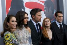 """Lane, Gadot, Affleck, Adams e Cavill, integrantes do filme """"Batman vs Superman"""", durante evento em Nova York.  20/3/2016.  REUTERS/Eduardo Munoz"""