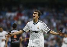Ex-meia do Real Madrid Kaká durante partida na Espanha.    04/05/2013      REUTERS/Susana Vera/Files
