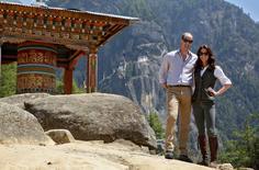 Príncipe William e sua esposa, Kate, em monastério budista na encosta de uma montanha do Butão.    15/04/2016       REUTERS/Cathal McNaughton