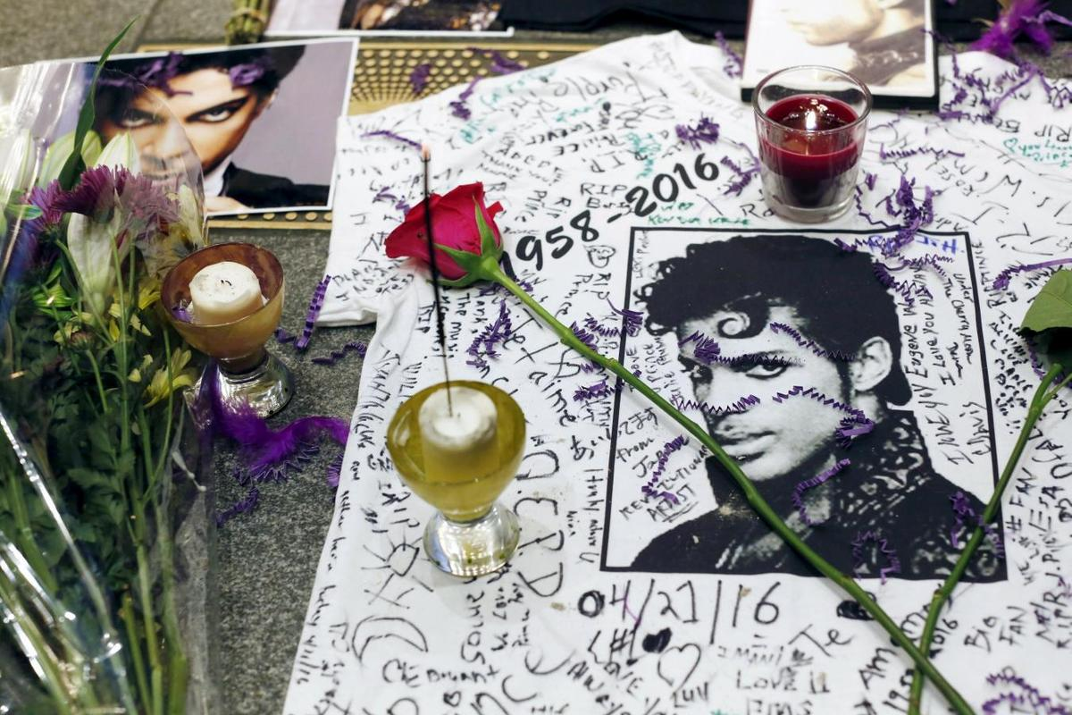U.K. | 'Purple Rain' superstar Prince, 57, dies at U.S. studio complex