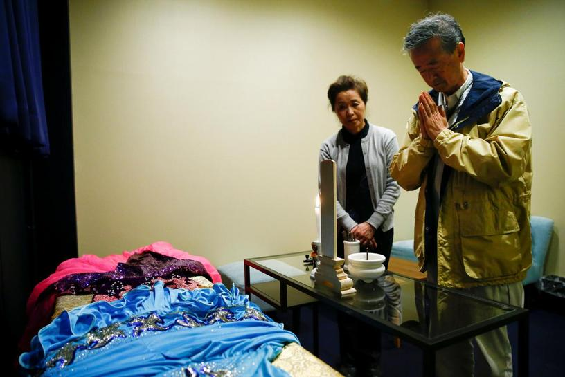 Japan 39 s corpse hotels upset some of the neighbors reuters for Hotel francs japan
