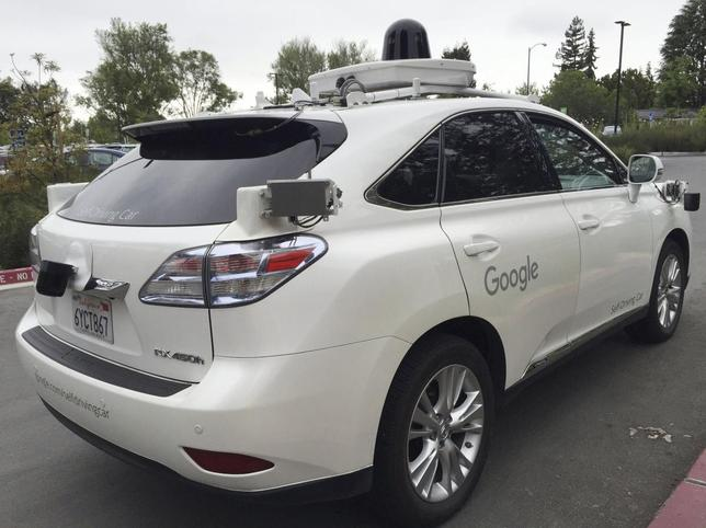 A Lexus version of a Google Self Driving car is shown in Moutain View, California, U.S., April 8, 2016.  AUTOS-DRIVERLESS/  REUTERS/Alexandria Sage