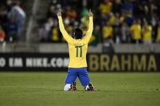 """Gabigol"" comemorando gol em amistoso contra Panamá nos Estados Unidos.  29/05/2016     USA Today Sports/Reuters   Ron Chenoy"