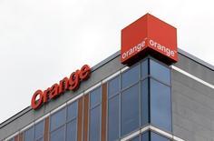 Selon son PDG, Stéphane Richard, Orange est prêt à mener une opération de consolidation à l'échelle européenne alors que le marché français des télécoms semble promis pour l'heure au statu quo. /Photo prise le 10 mai 2016/REUTERS/François Lenoir